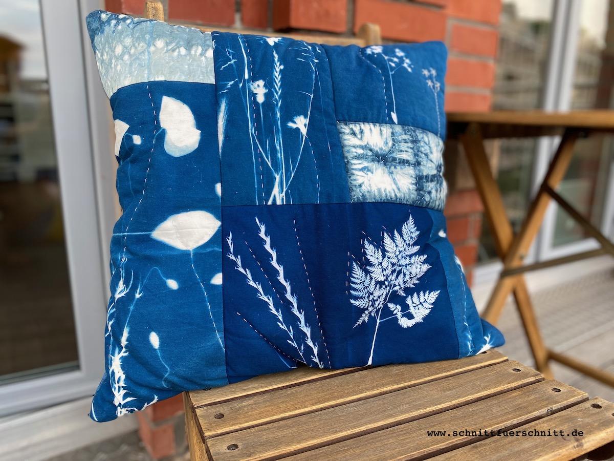 Das blaue-Blumen-Kissen